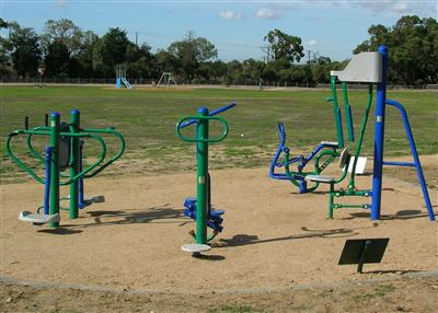 Mavis Hutter Reserve Oakleigh - Outdoor Gym Equipment