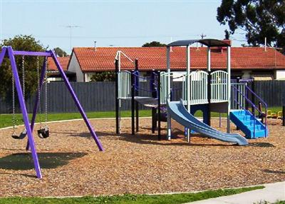 Leonard Close Playground - Clayton