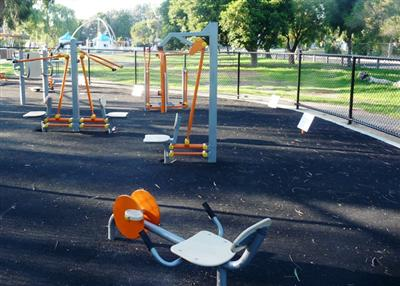 Bicentennial Park Chelsea - Outdoor Gym Equipment
