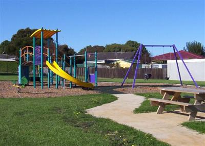 Donaldsons Oval Playground - Warrnambool