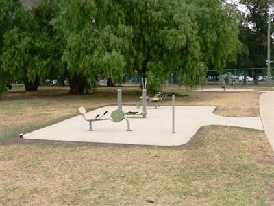 Outdoor Gym Equipment at Warringal Park